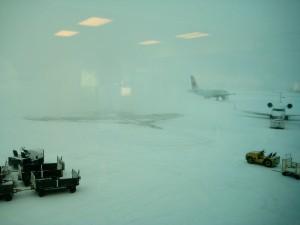 Qui parle de fermer l'aéroport quand il neige ?