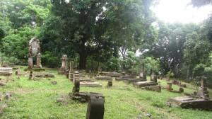 Le cimetière des enfants, la mortalité ne touchait pas que les bagnards mais aussi les familles de gardiens.
