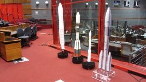 Les maquettes d'Ariane 5, Soyouz, Vega et de la future Ariane 6.
